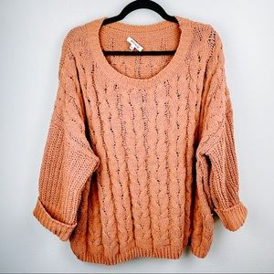 Boutique Miracle USA Tan Chunky Knit Sweater M / L